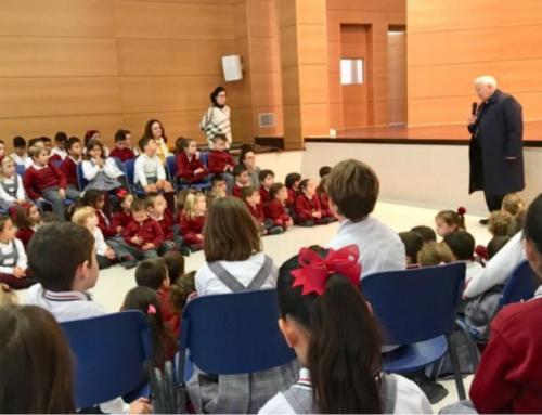 Visita del Arzobispo de Valencia